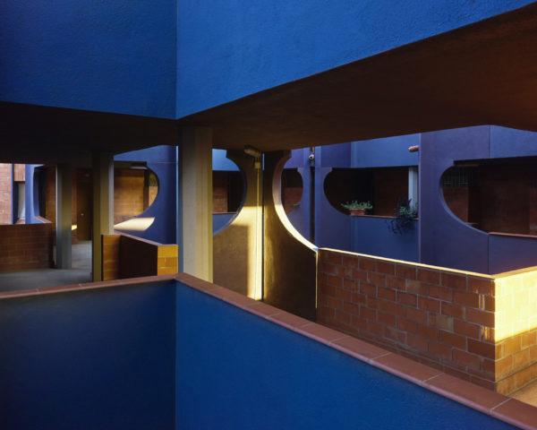 El Barrio Gaudí, realizado por Ricardo Bofill Taller de Arquitectura en 1968 celebra su 50 aniversario este año.