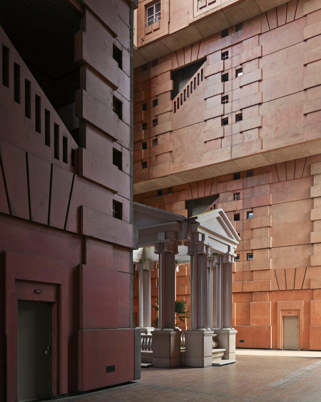 Les_Espaces_Abraxas_Marne_la_Valle_Paris_France_Ricardo_Bofill_Taller_Arquitectura